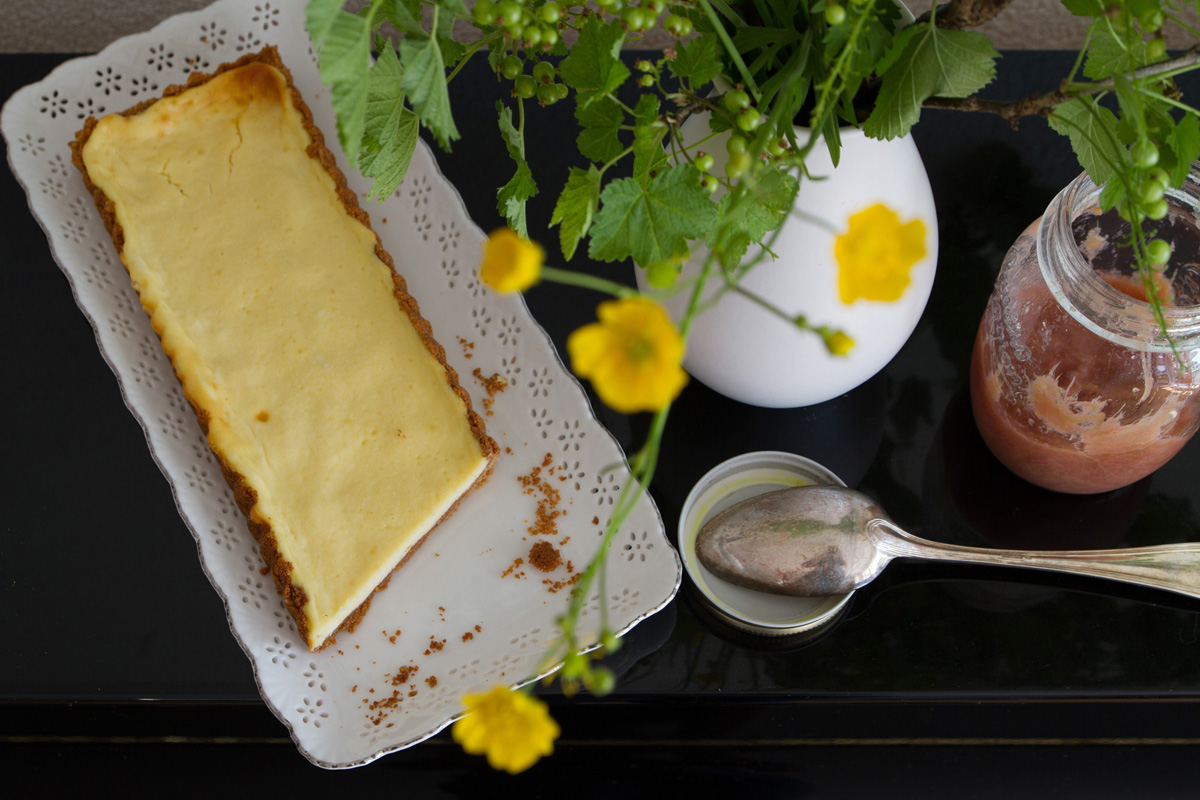 Cheesecake with Rhubarb Compote